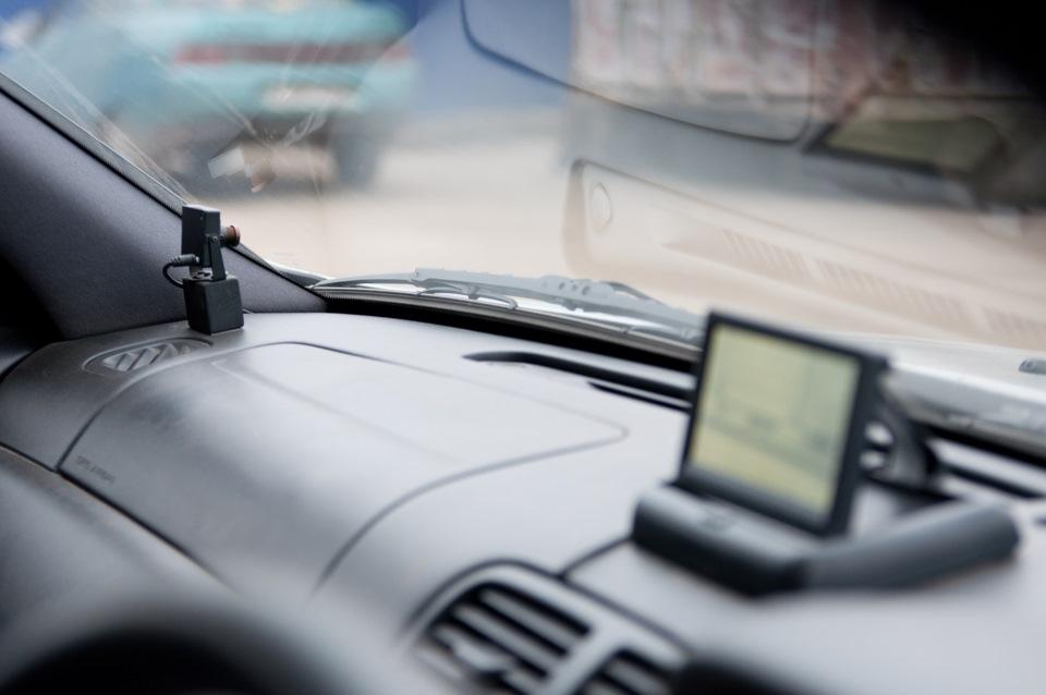 Монитор для камеры обгона