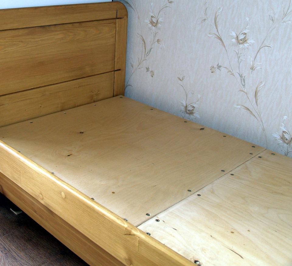 кровати из мебельного щита своими руками фото