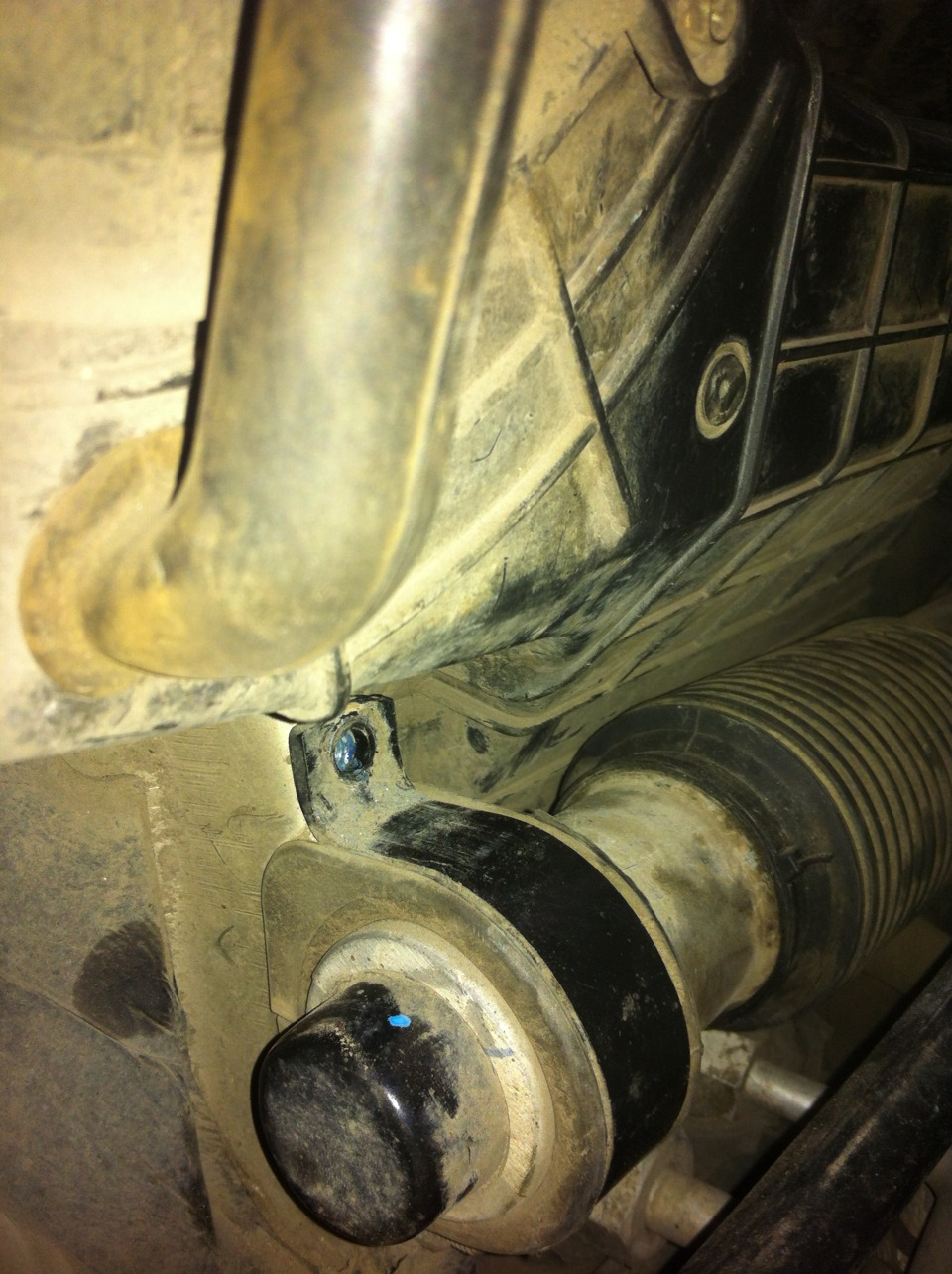 Замена задних тормозных колодок форд куга своими руками фото 456