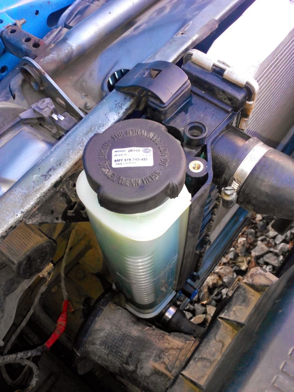 почему без термостата машина сиравно закипает бмв м62