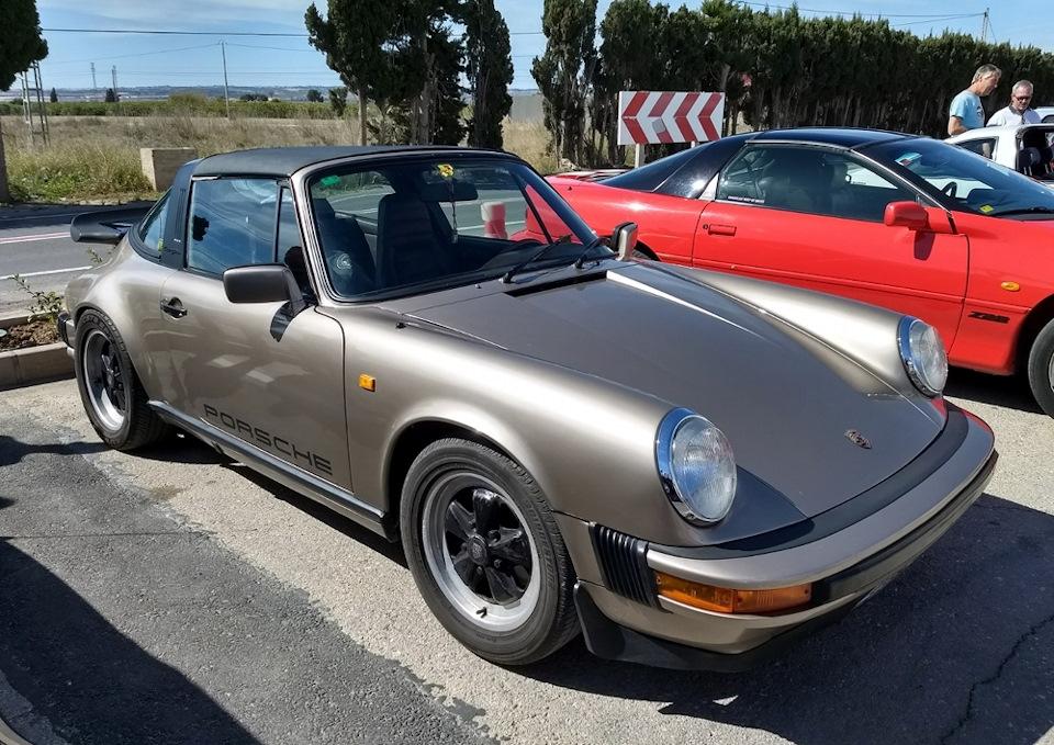 Porsche 911 Carrera Sport Targa второй половины 80-х