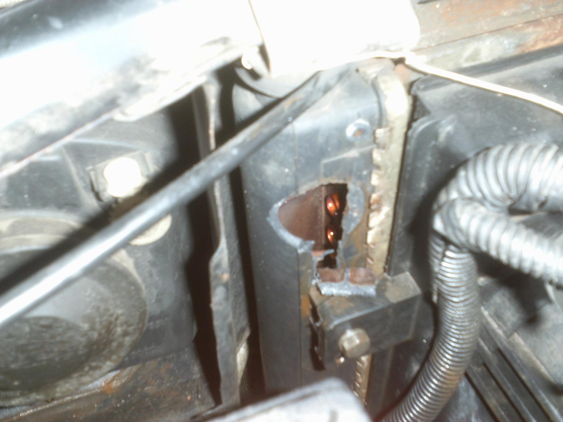 Как заменить радиатор охлаждения на чери амулет амулет из каштана от суда