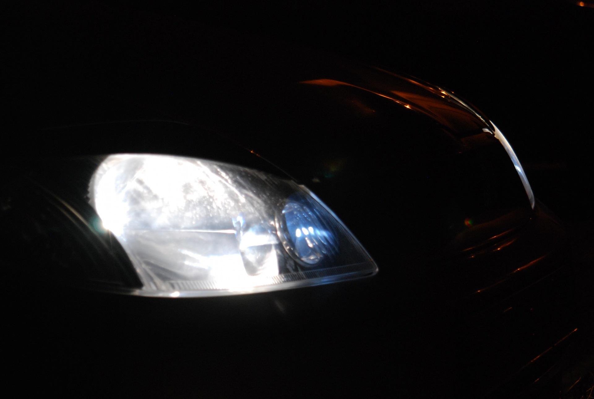 Как сделать свет ярче у фар Поделки своими руками для авто, дачи и дома 24