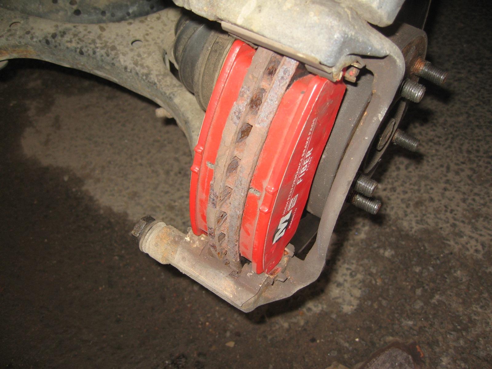 Замена передних тормозных колодок. Фотоотчет. - бортжурнал Honda Civic 2008 года на DRIVE2