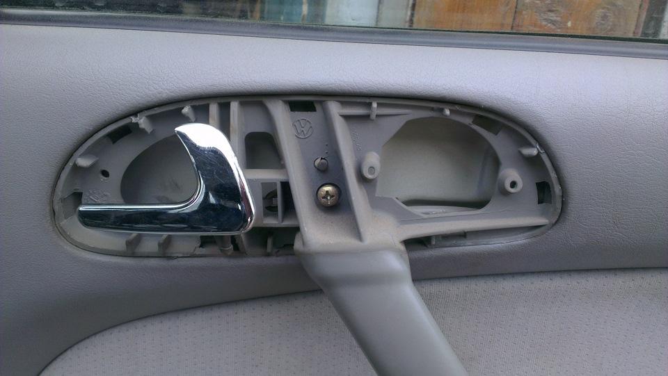 пистон для обшивки дверей фольксваген пойнтер