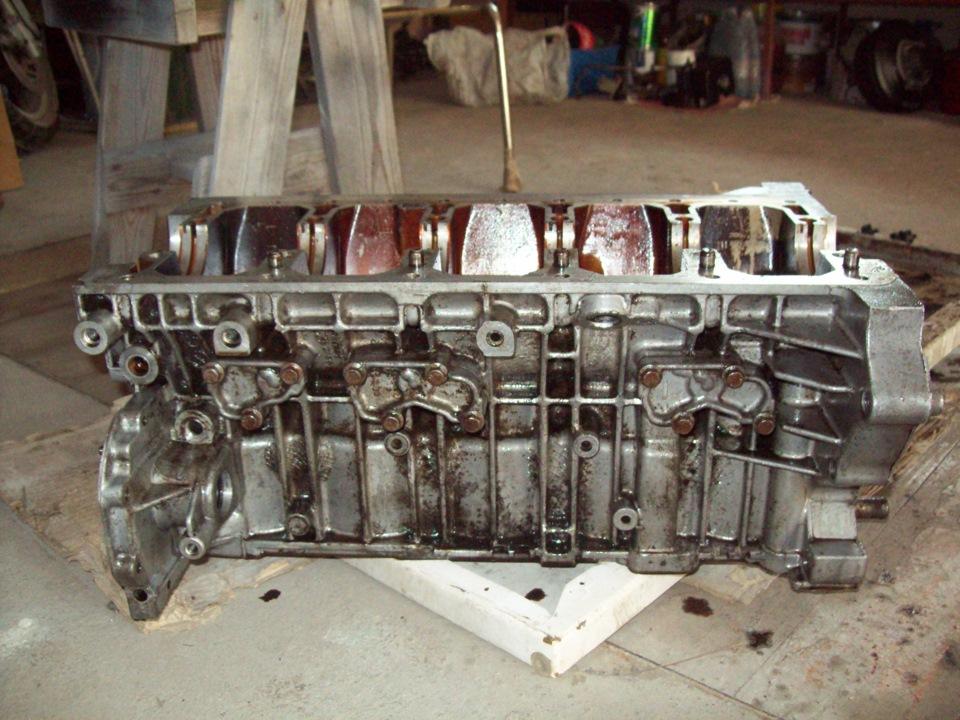 фото поршней двигателя b5254fs вольво