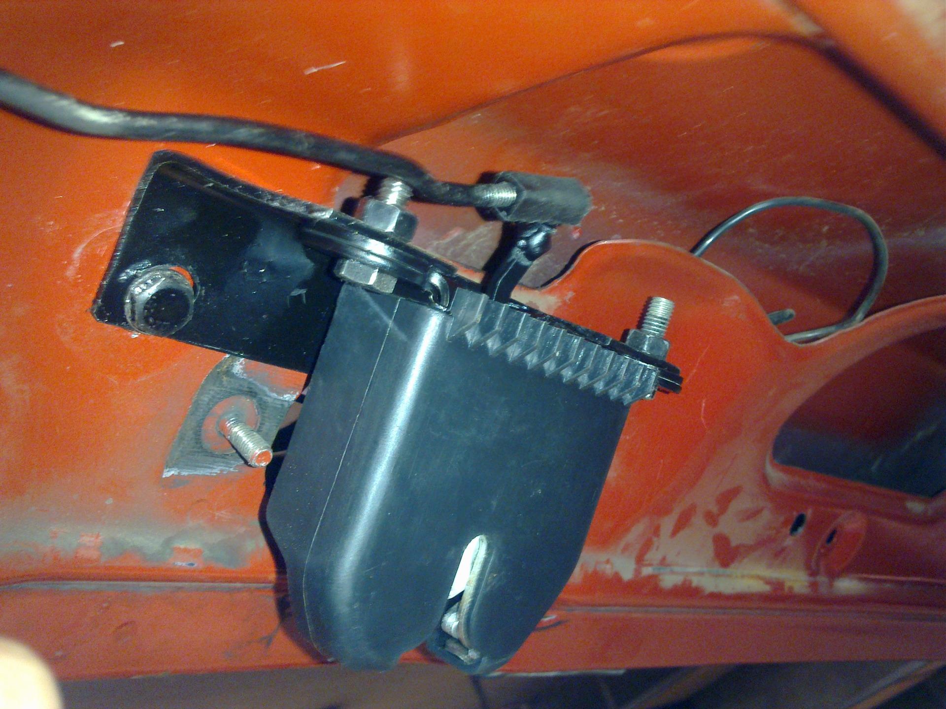 схема замка багажника лада гранта