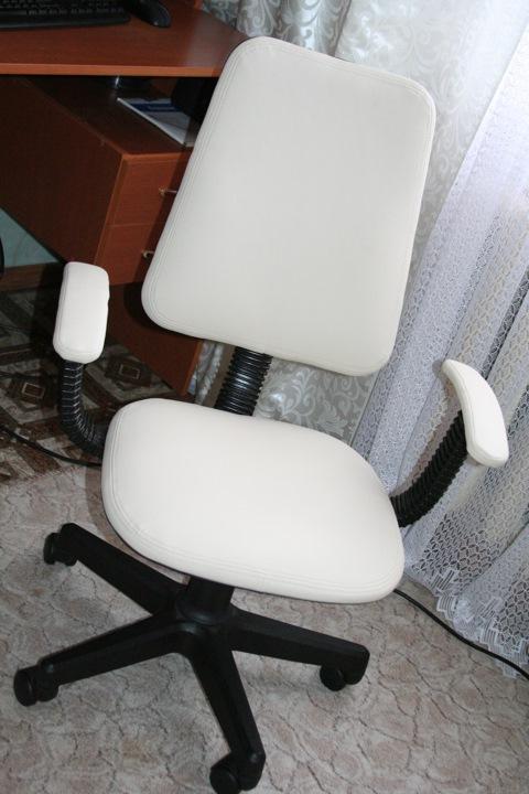Как обтянуть кресло своими руками фото
