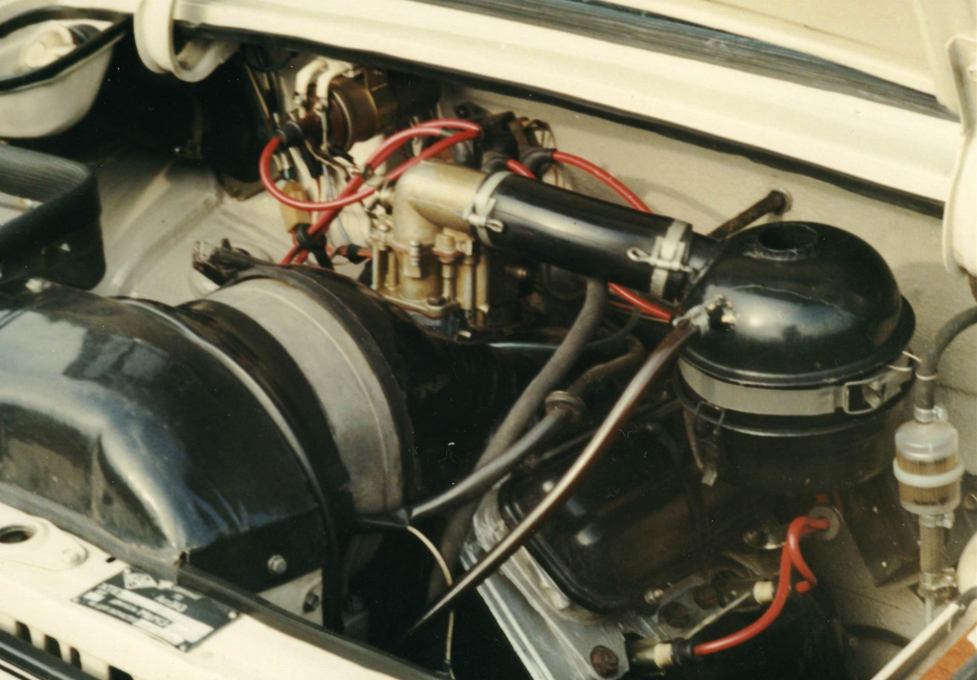 заз 968м фото двигателя