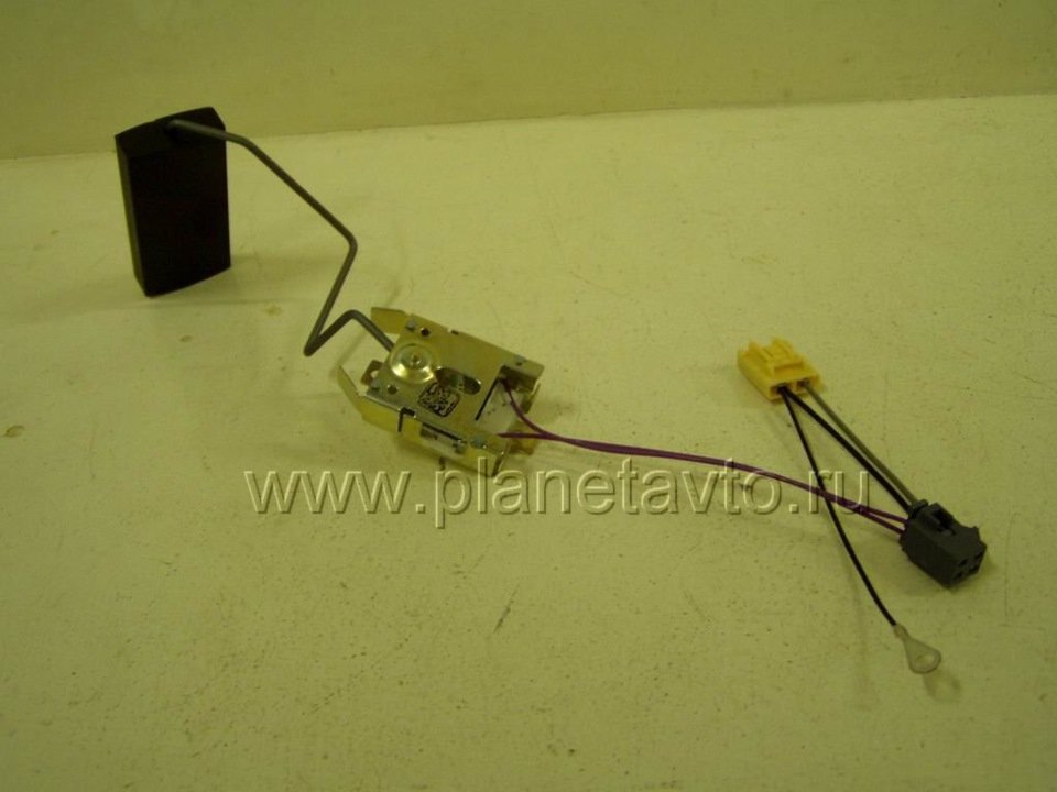 Фото №31 - как проверить датчик уровня топлива ВАЗ 2110