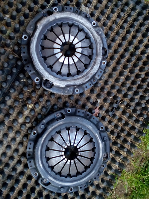 Лапка корзины сцепления ГАЗ-53 53-1601094 с гайками
