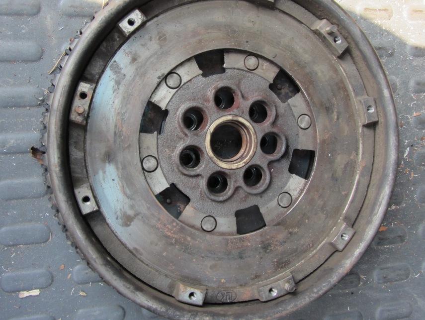 диск сцепления вольво хс70 2001 года тянущие