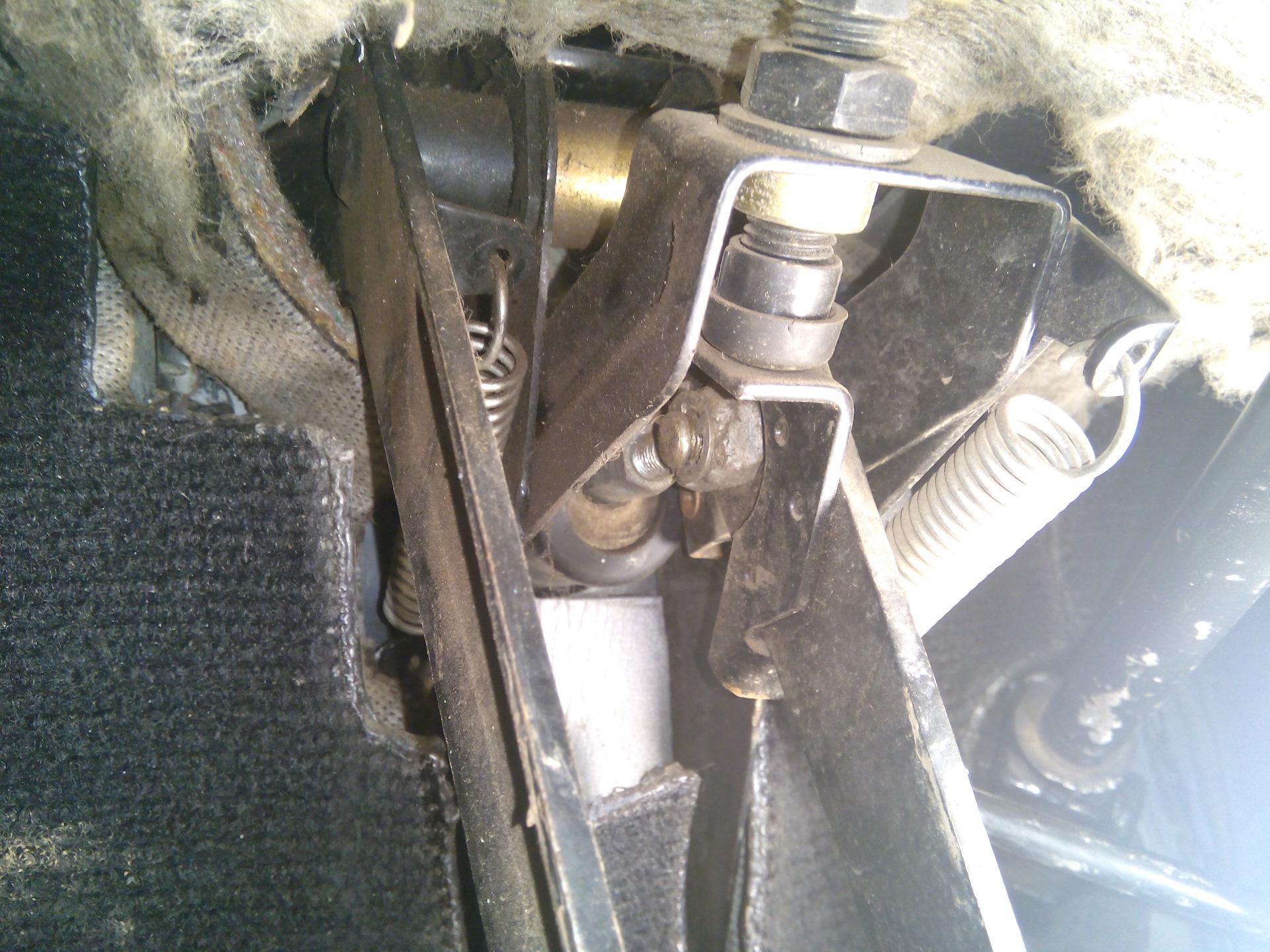 вакуум тормозов skoda forman