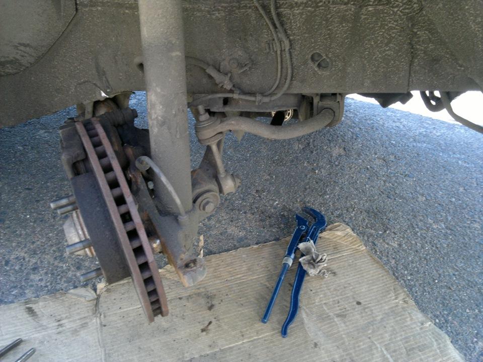 наконечник рулевой тяги volvo 240