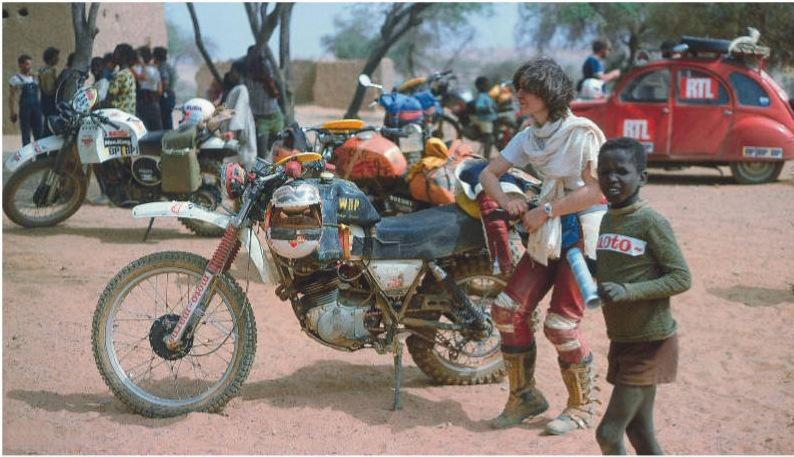 Мартин де Кортанц стала первой представительницей прекрасного пола, решившейся на участие в «Дакаре». Финишировала одиннадцатой