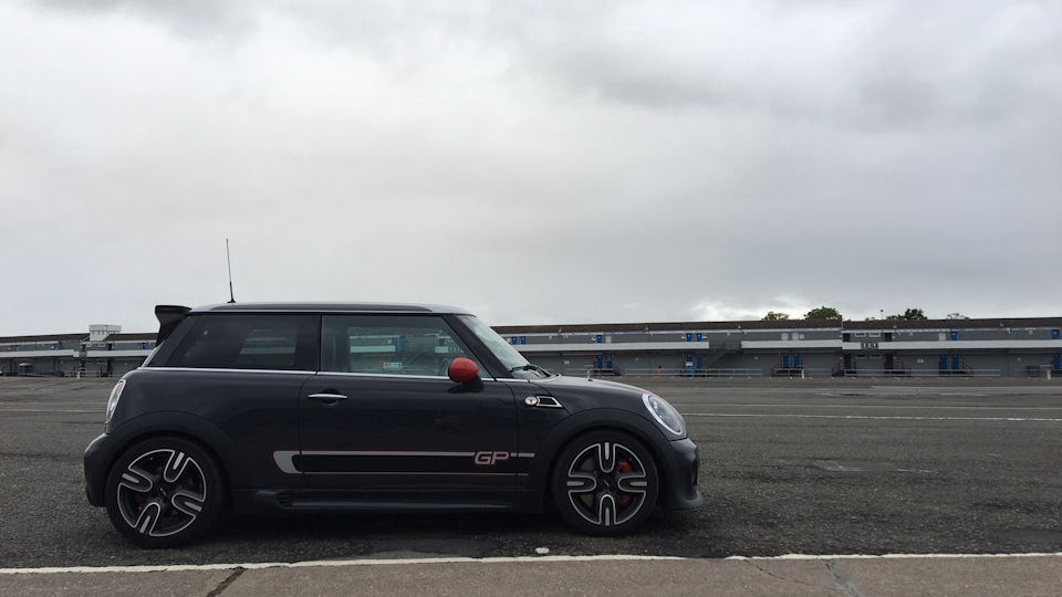 Mini Cooper S John Cooper Works Gp Drive2