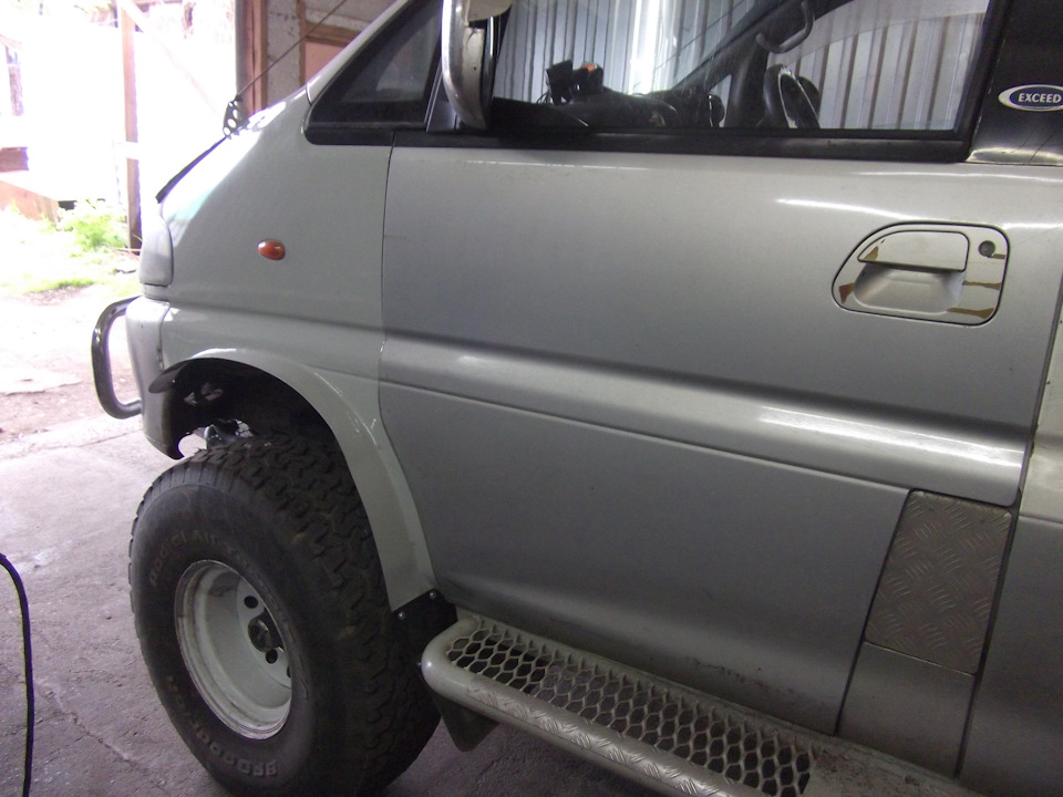 BMAAAgGLhuA-960.jpg