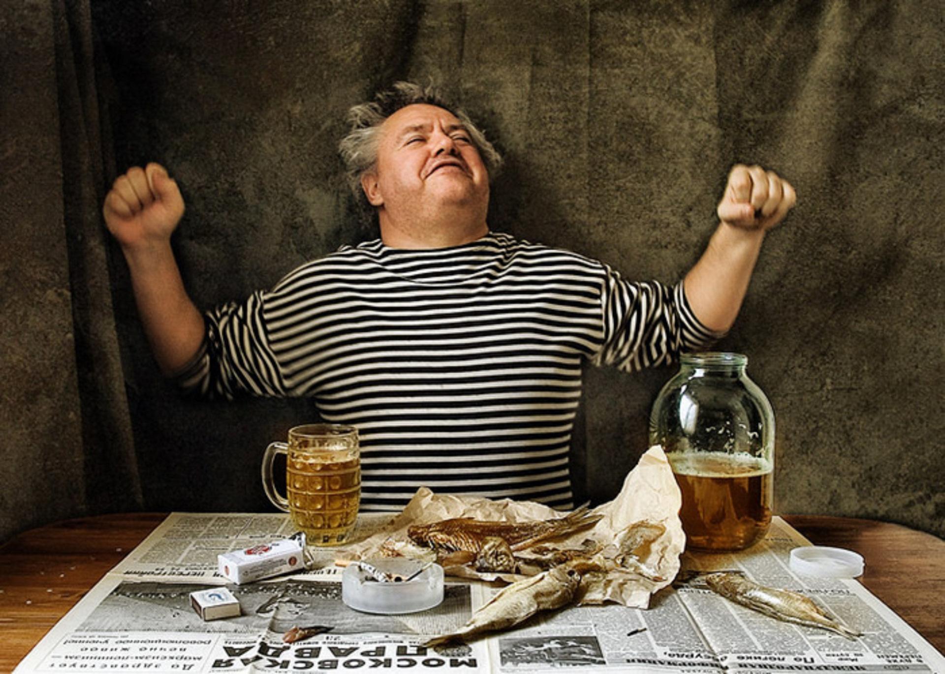блюдцем картинки про выпить и отдохнуть ворота