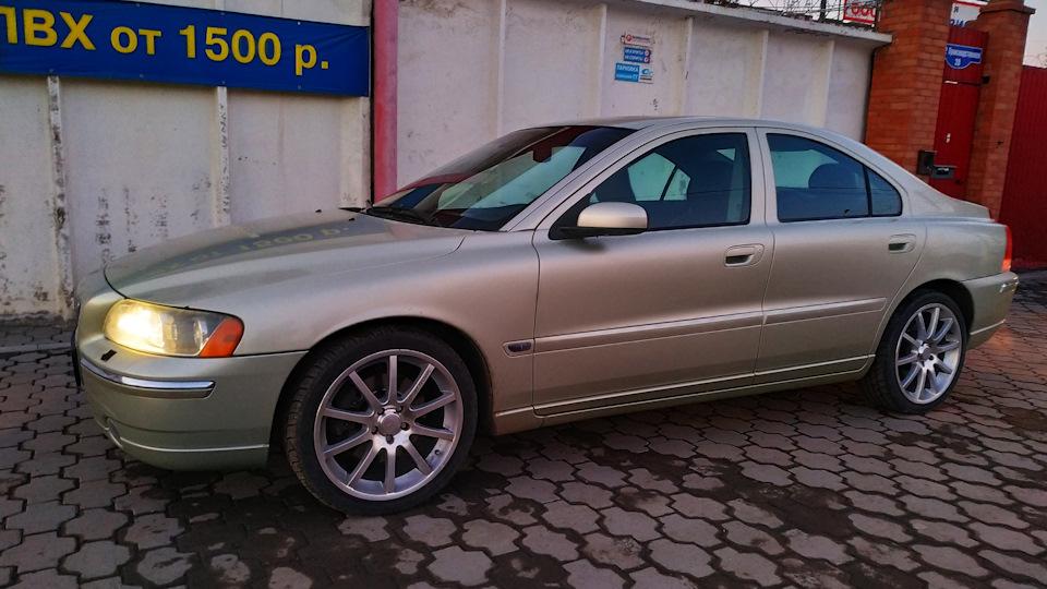 Volvo S60 2 5t Awd Drive2