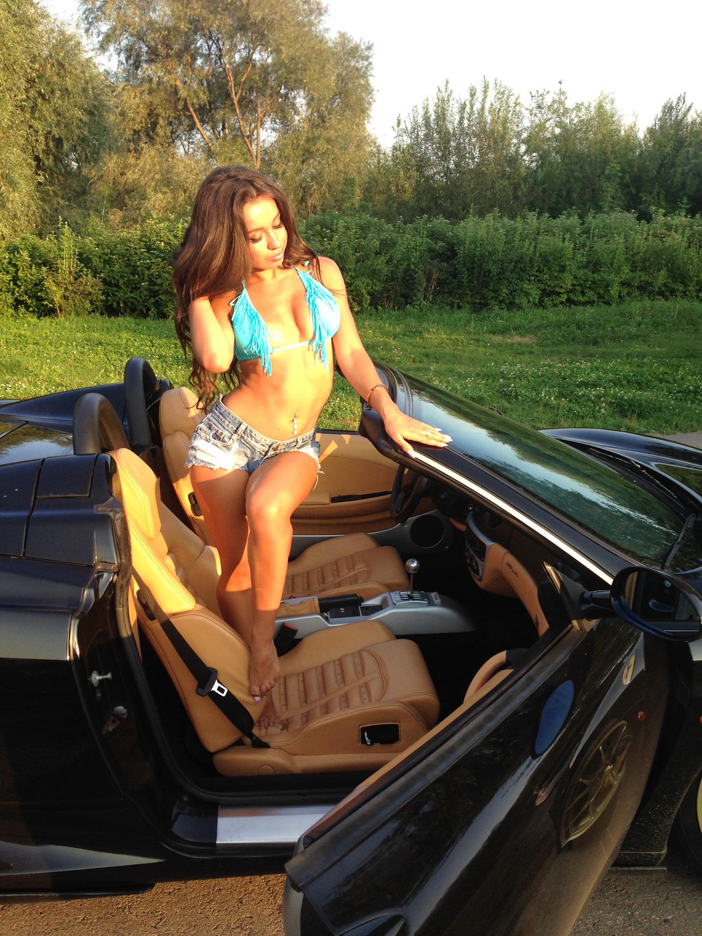 Girls & Cars Блог Оля в шортиках и Ferrari 360 spider