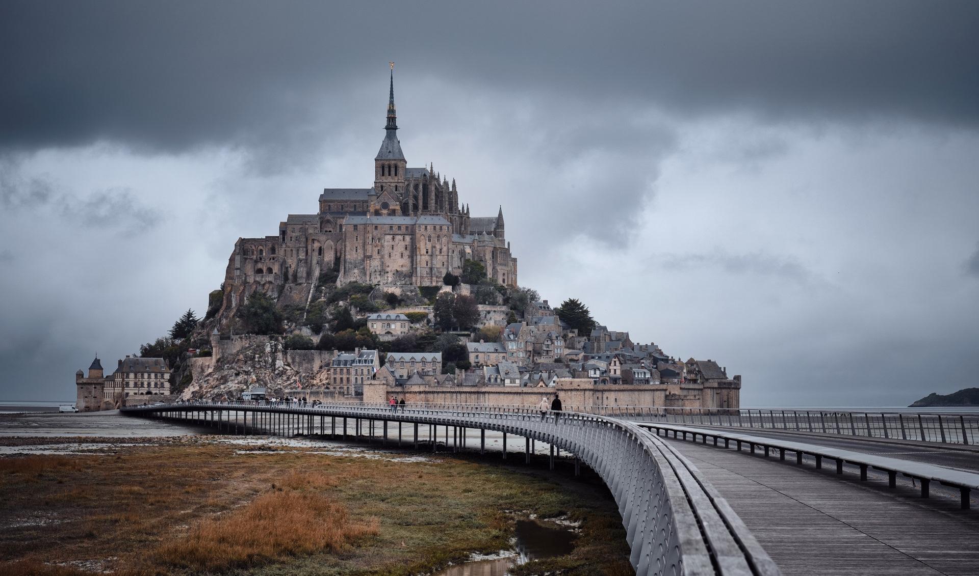 Тур-Де-Круассан. Колесим по Франции перед её локдауном.