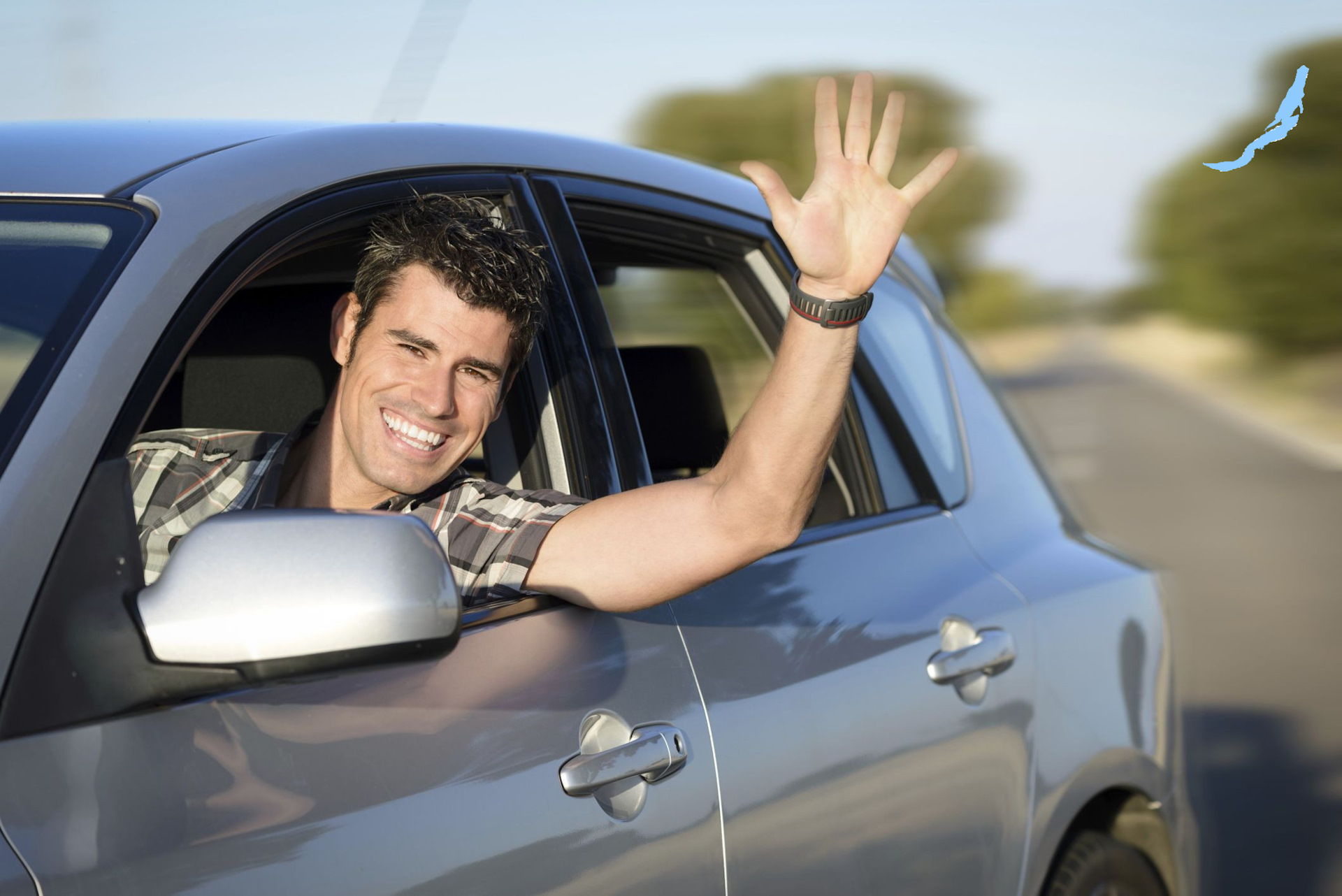 фото одного мужчины на машине подготовили