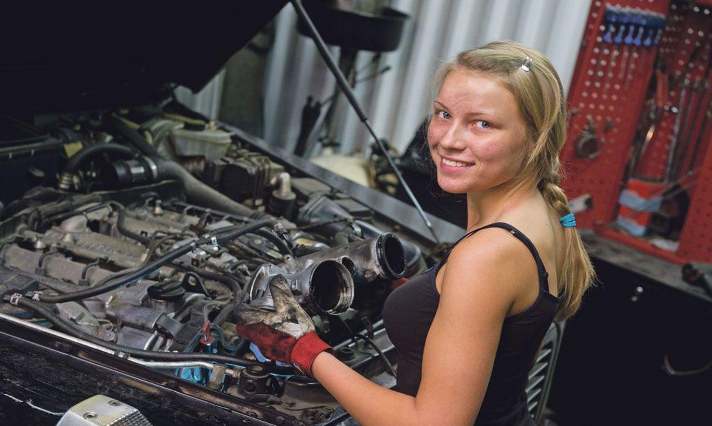 Автомеханики девушки картинки