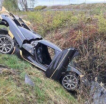 Koenigsegg в кювете