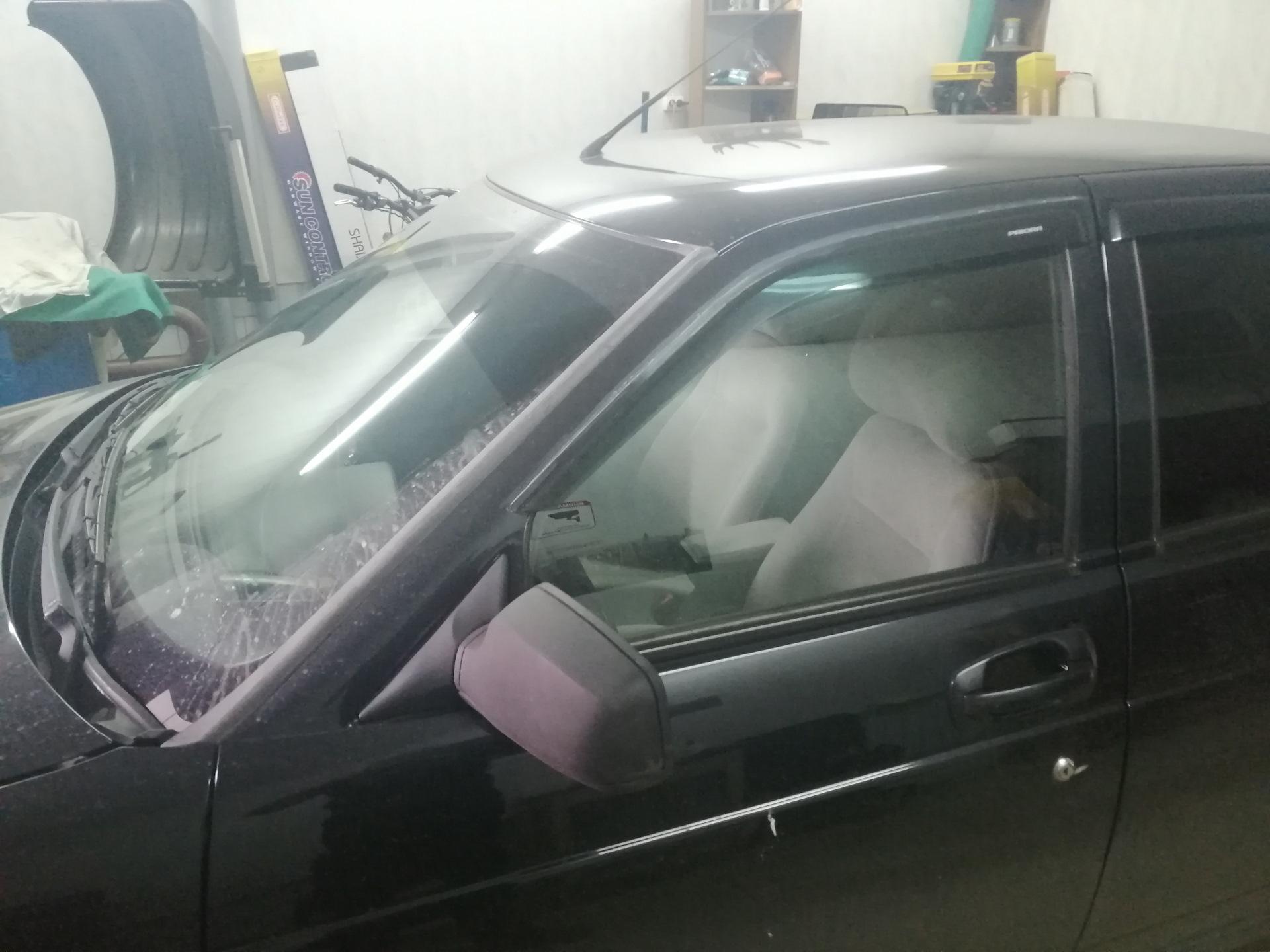 Тонировочная пленка на авто