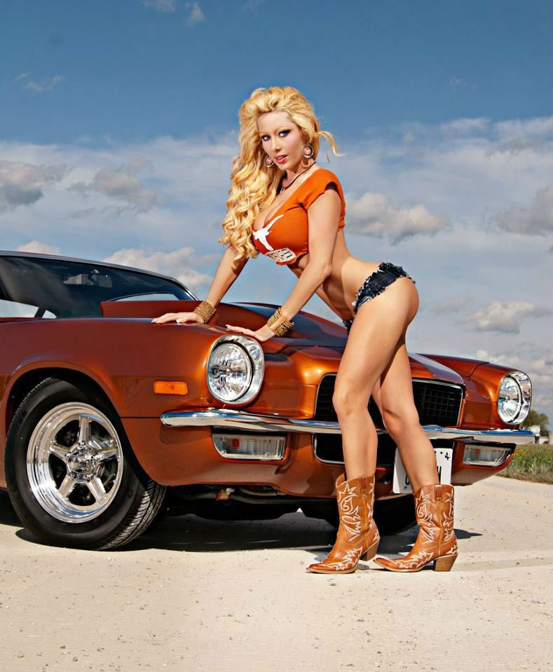 Classic combo of hot, naked girls and wicked cars