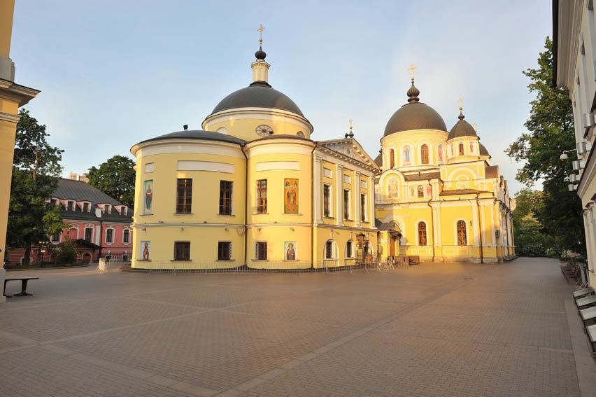 донором, фотографии покровского монастыря имени твоем есть