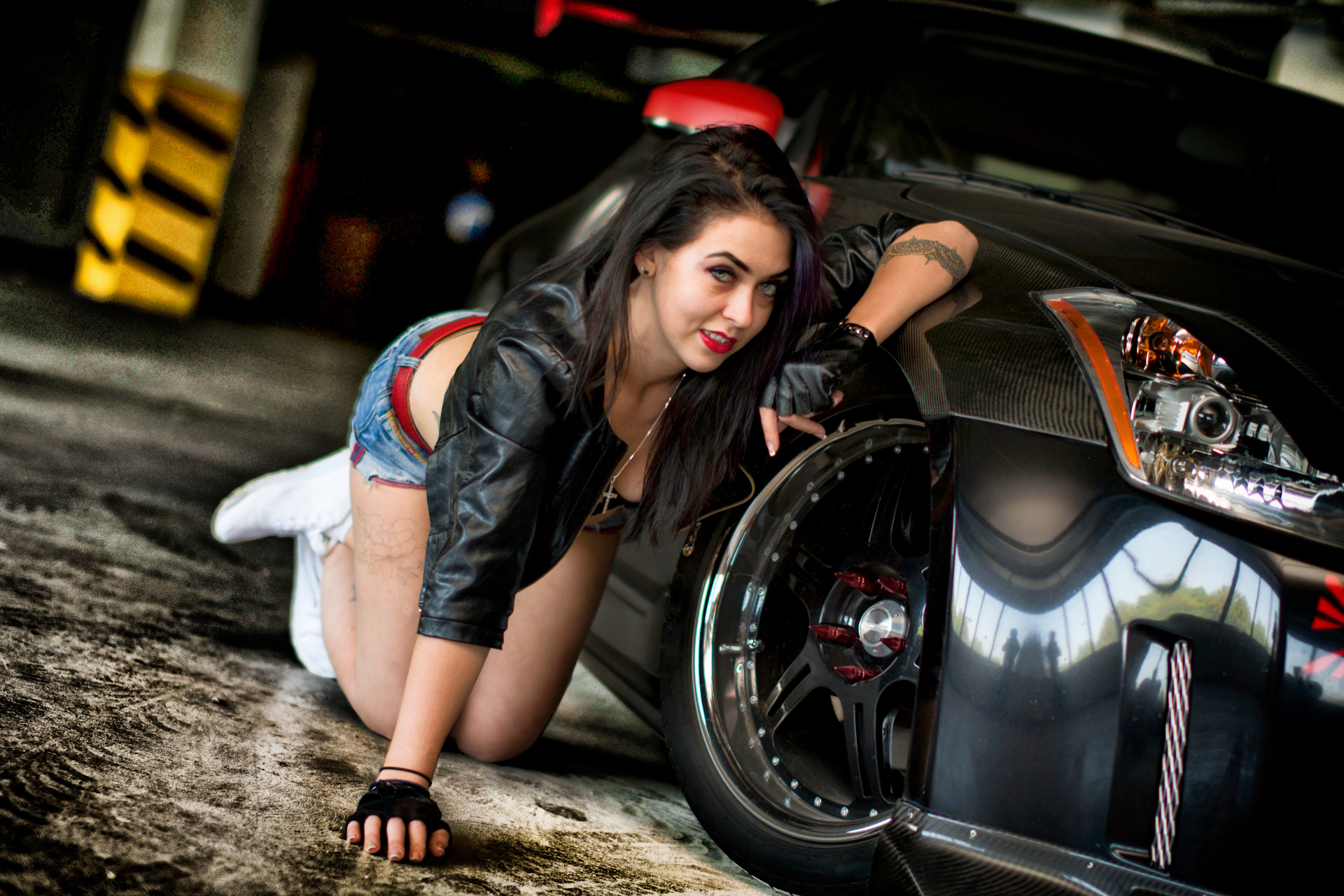 pics-of-girls-and-cars