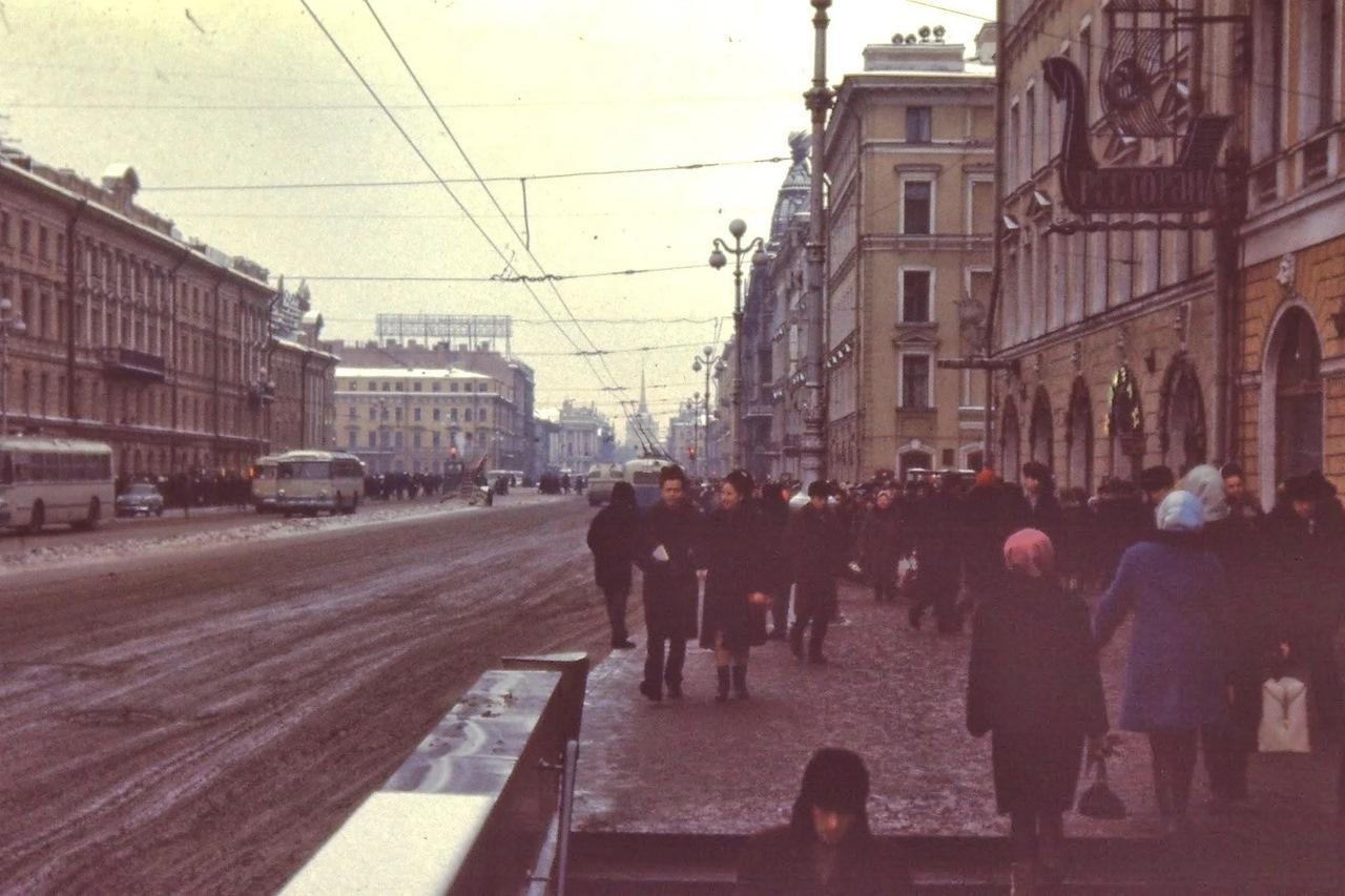 одомашнены очень старые фото ленинграда всех перечесть