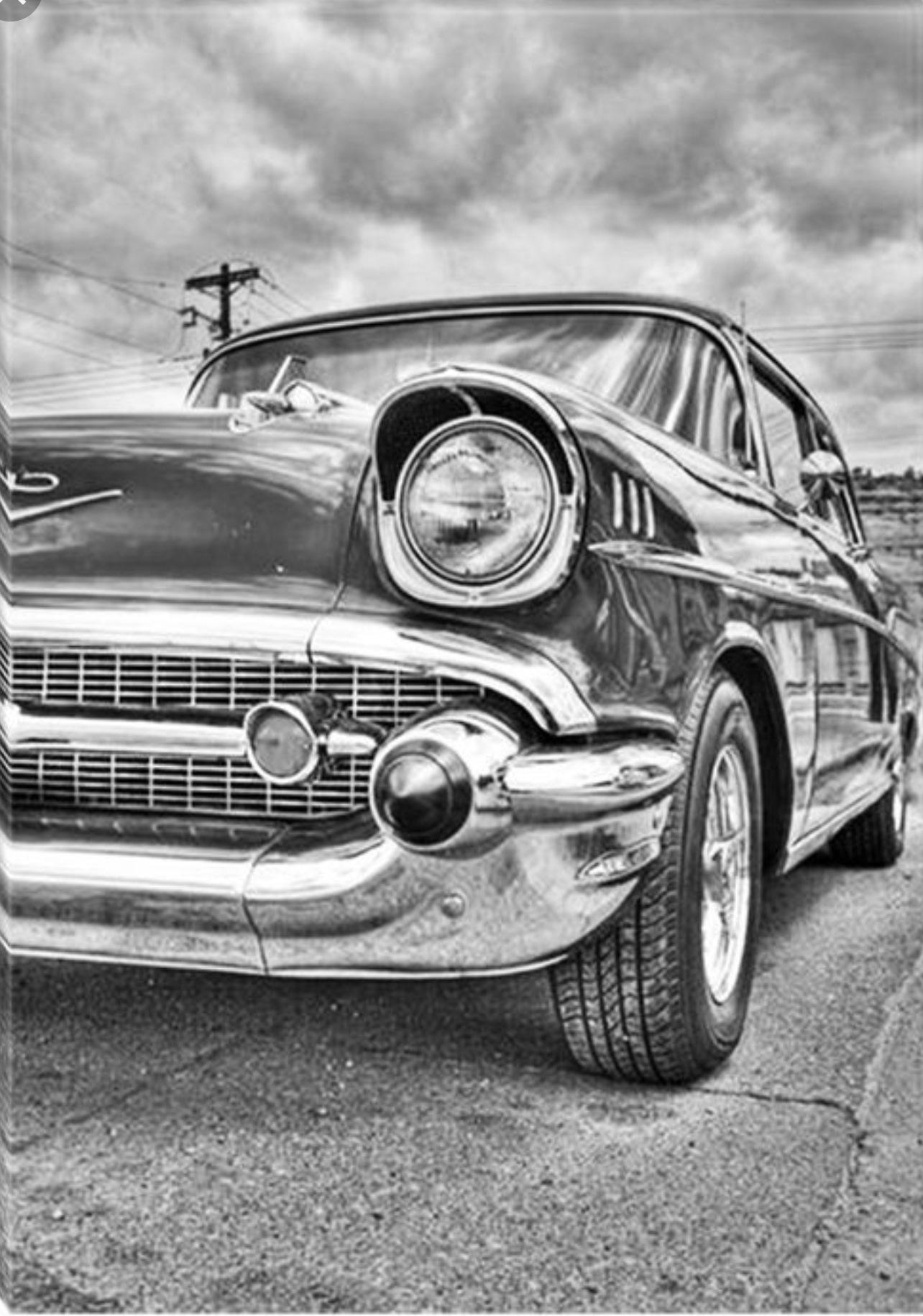 сегодня, праздник картинки ретро машин черно белые правилам