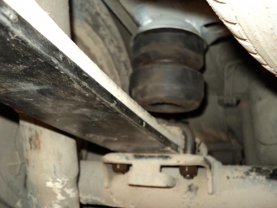 бряканье в задней подвеске фиат добло
