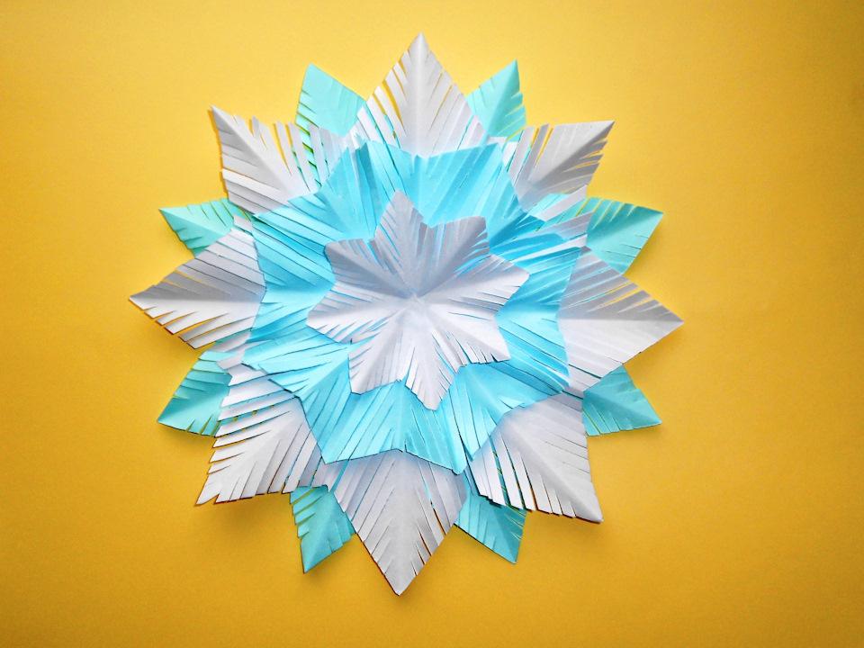Сделать снежинки из бумаги своими руками детям