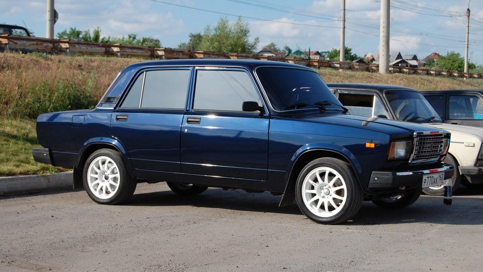 темно синий цвет машины-гд1