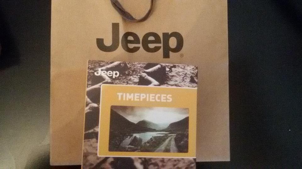 Сейчас будут и подарки марки Торговые марки Биосферы: корма для попугаев, птиц