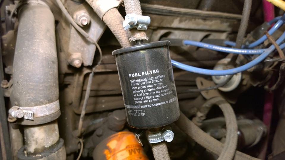 Фото №28 - где находится топливный фильтр ВАЗ 2110