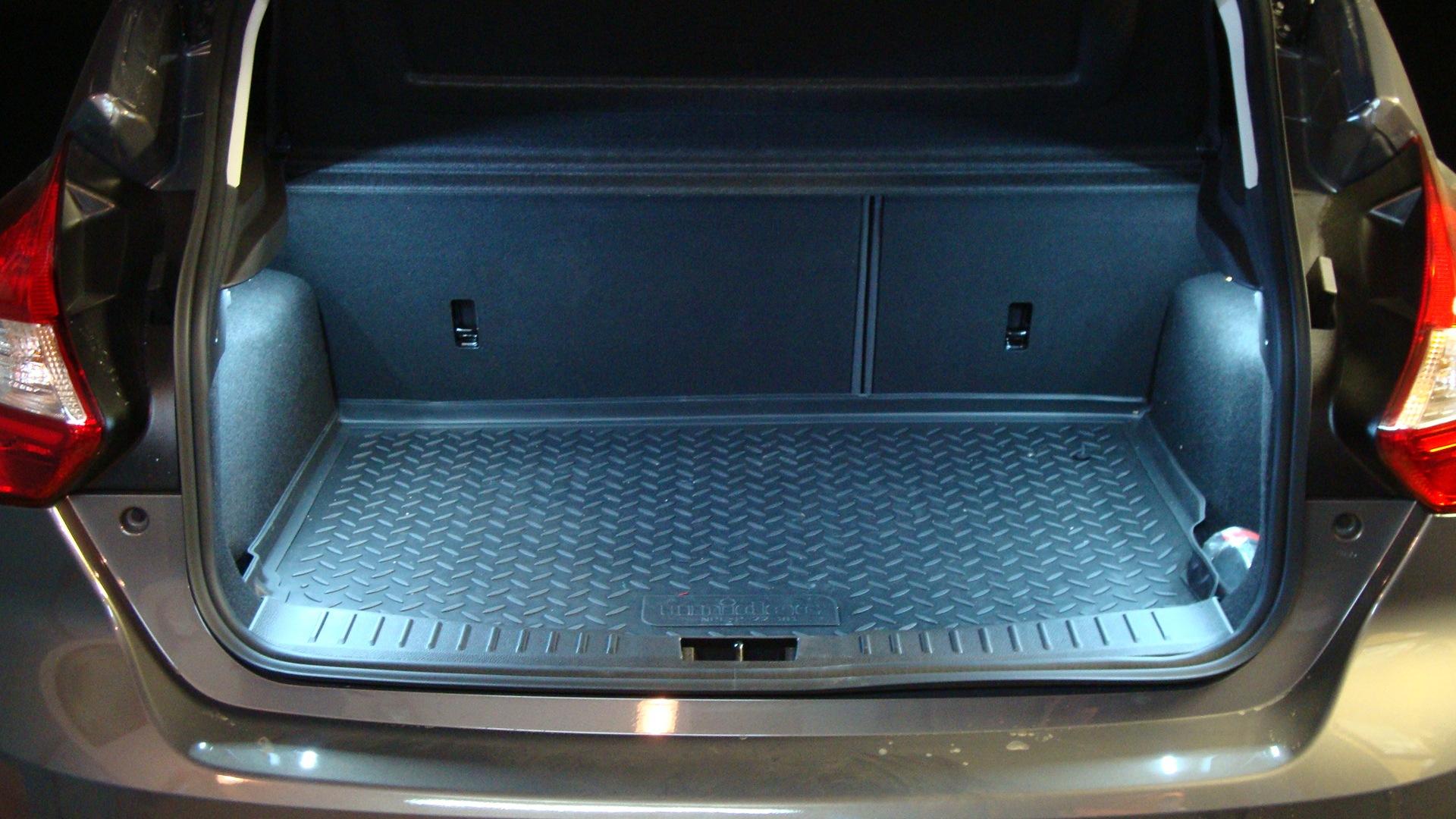 Как сделать багажник для форда фокуса 2 214