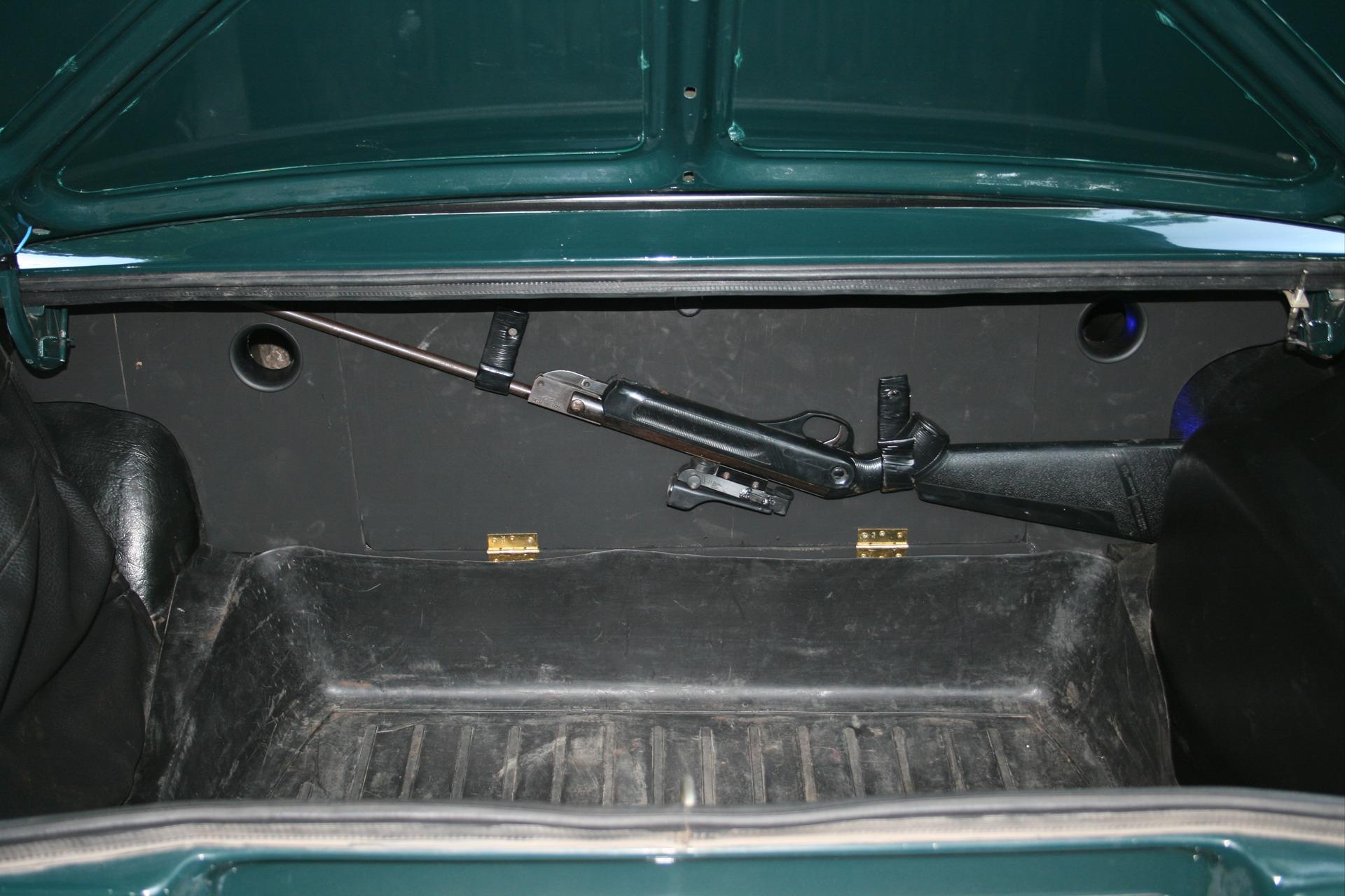 Сделать багажник на ваз 2107