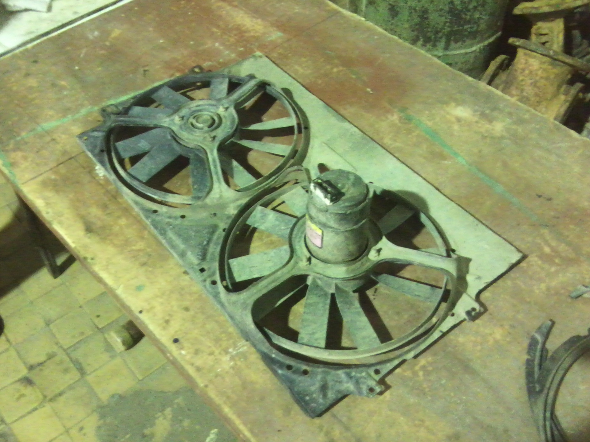 Ремонт моторчика вентилятора охлаждения т5 Замена ролика натяжителя ремня генератора гранд витара