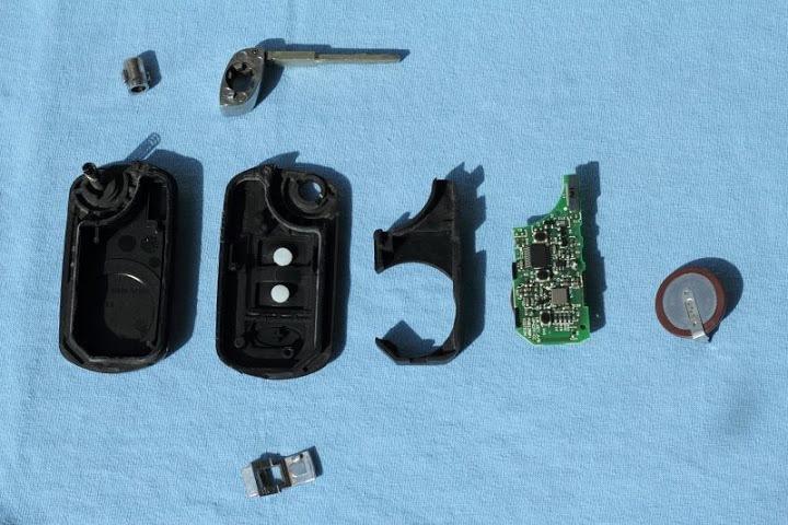 Как заменить батарейку в ключе рендж ровер спорт