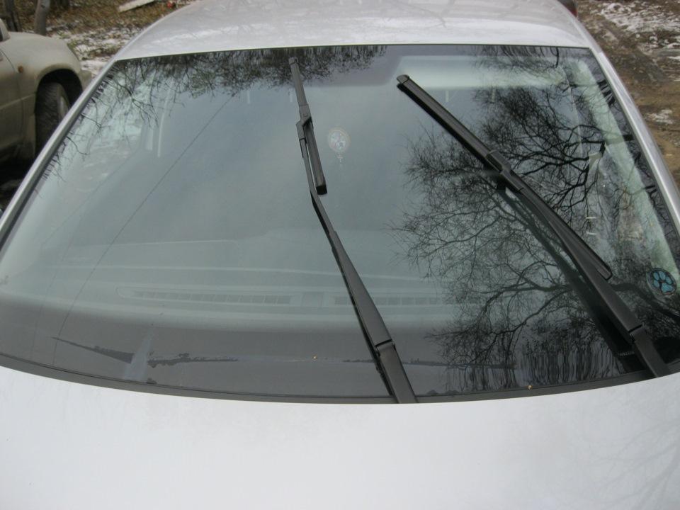 дворник заднего стекла на седан фольксваген поло
