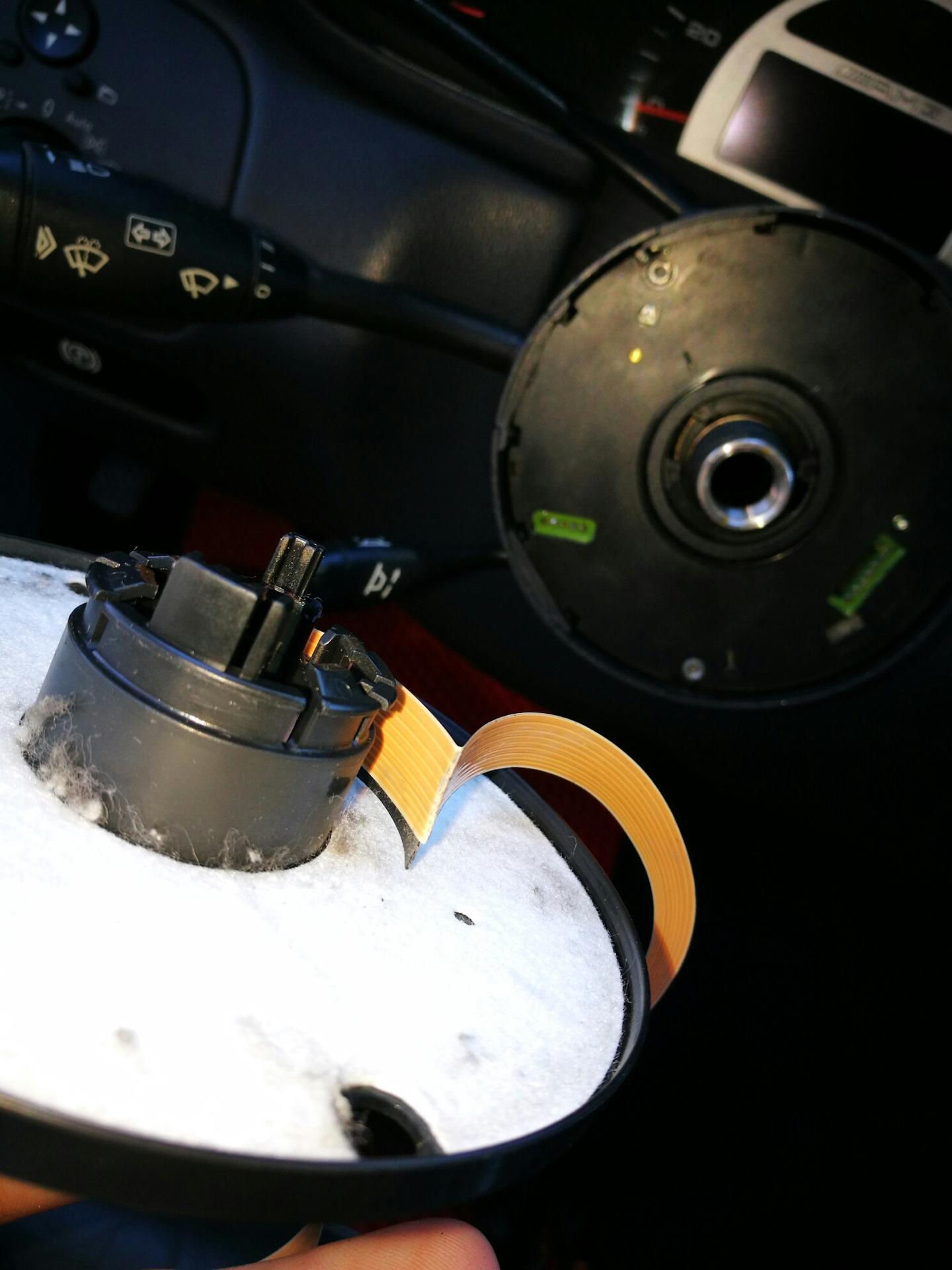 ремонт шлейфа на рулевой колонке мерседес