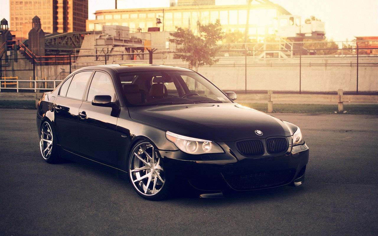 Белый BMW M5  № 445263 бесплатно
