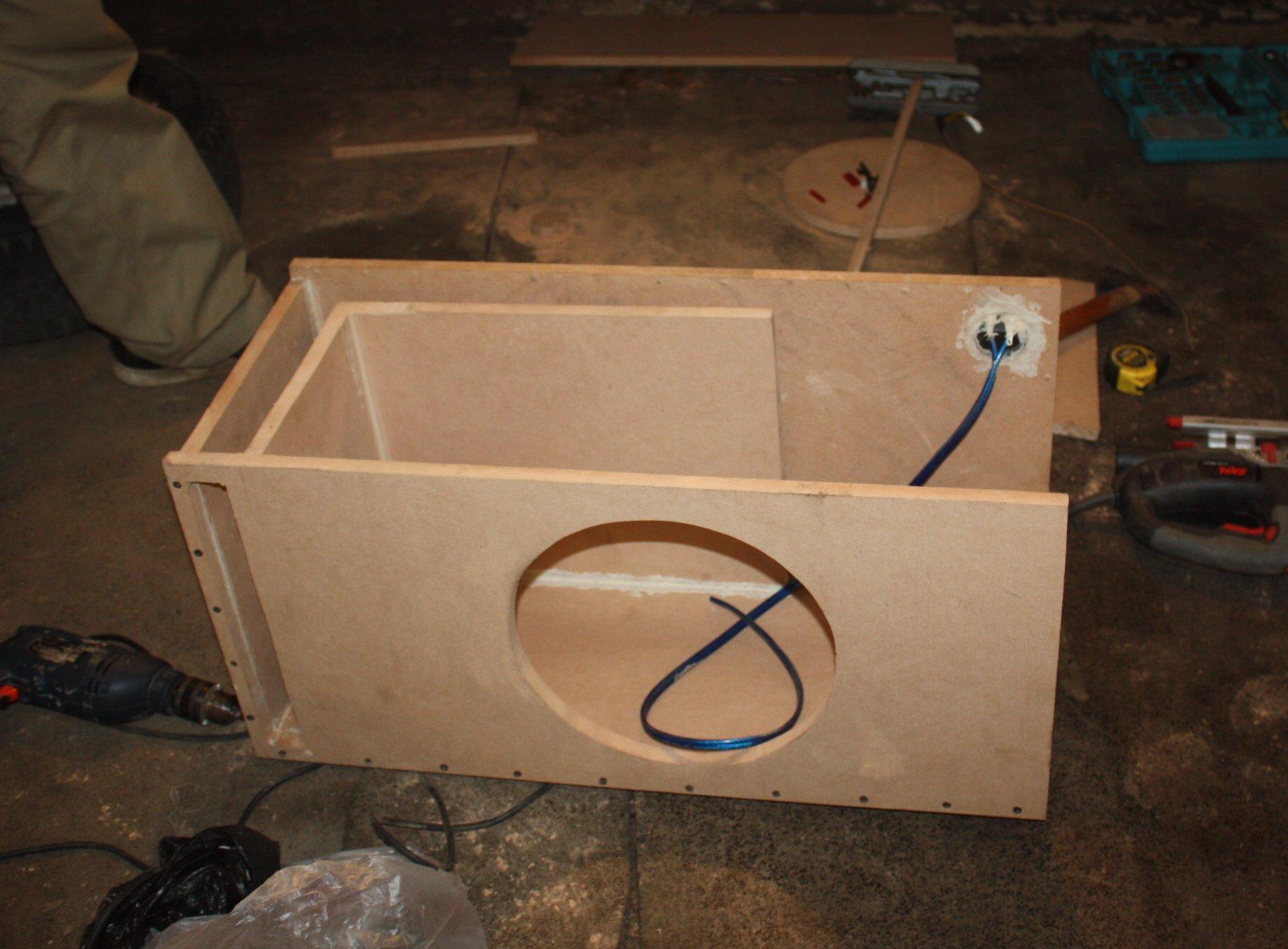 Своими руками изготовление короба для сабвуфера