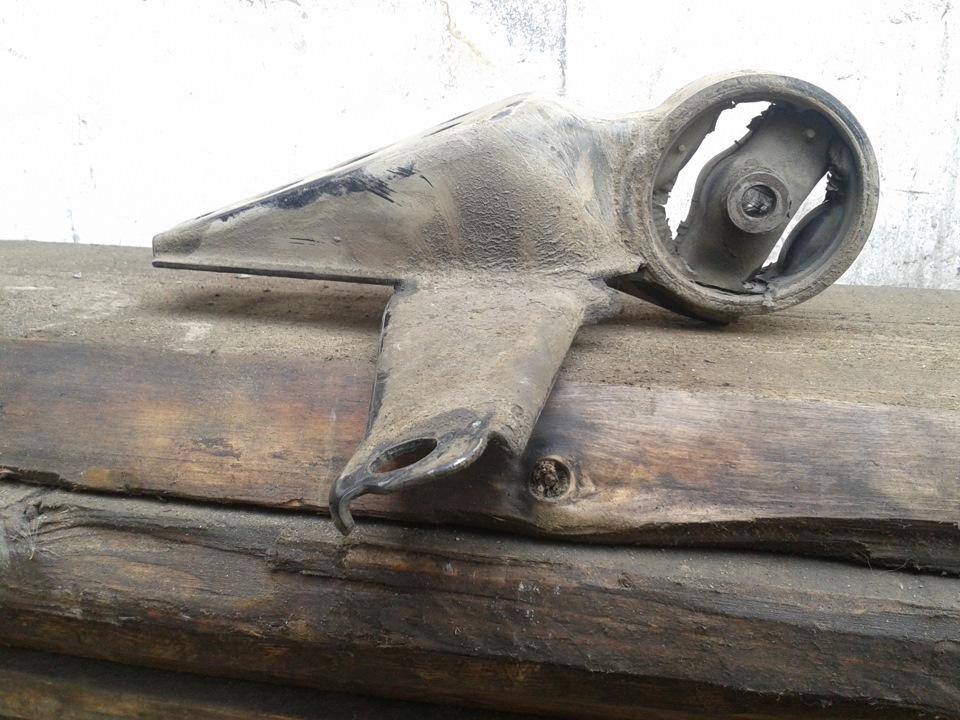 Как отремонтировать подушку двигателя своими руками 62