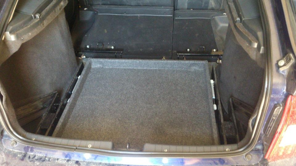 Пол багажника приора