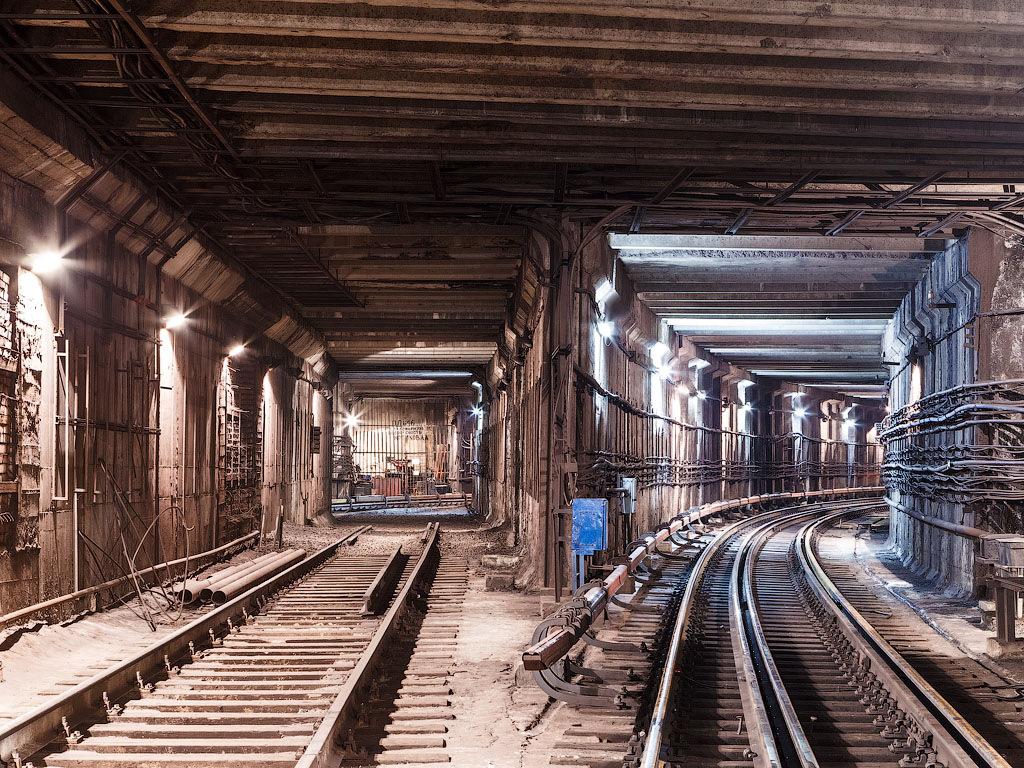 фото туннелей метро москвы хочется